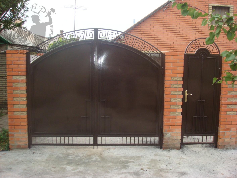 Распашные ворота под ключ